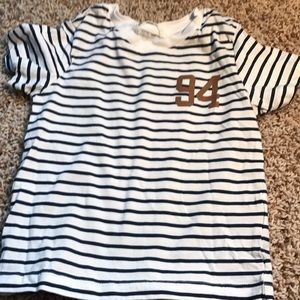 Brand new H&M blue striped short t shirt age 2-4